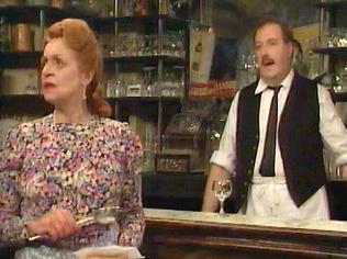 The  'ALLO 'ALLO!  Gallery on YCDTOTV.de    Path: www.YCDTOTV.de/allo_img/d1_133.jpg