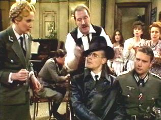 The  'ALLO 'ALLO!  Gallery on YCDTOTV.de    Path: www.YCDTOTV.de/allo_img/k4_683.jpg