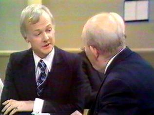 The Are You Being Served Gallery on YCDTOTV.de   Path: www.YCDTOTV.de/aybs_img/d3_189.jpg